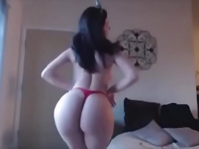 Indian beautiful woman naked dance on live cam with big butt and big boobs